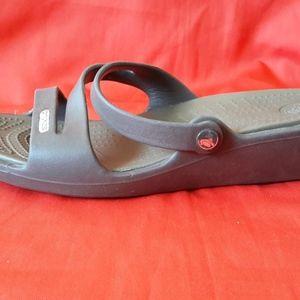 Crocs Sandals Size 7W